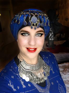 davina-blueassiut-torquay-headshot-web